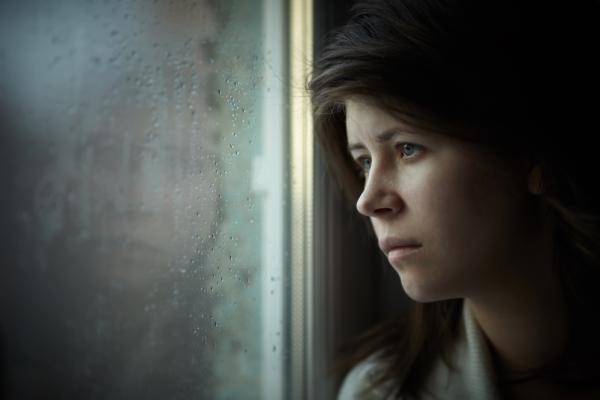 depressed-teenage-girl